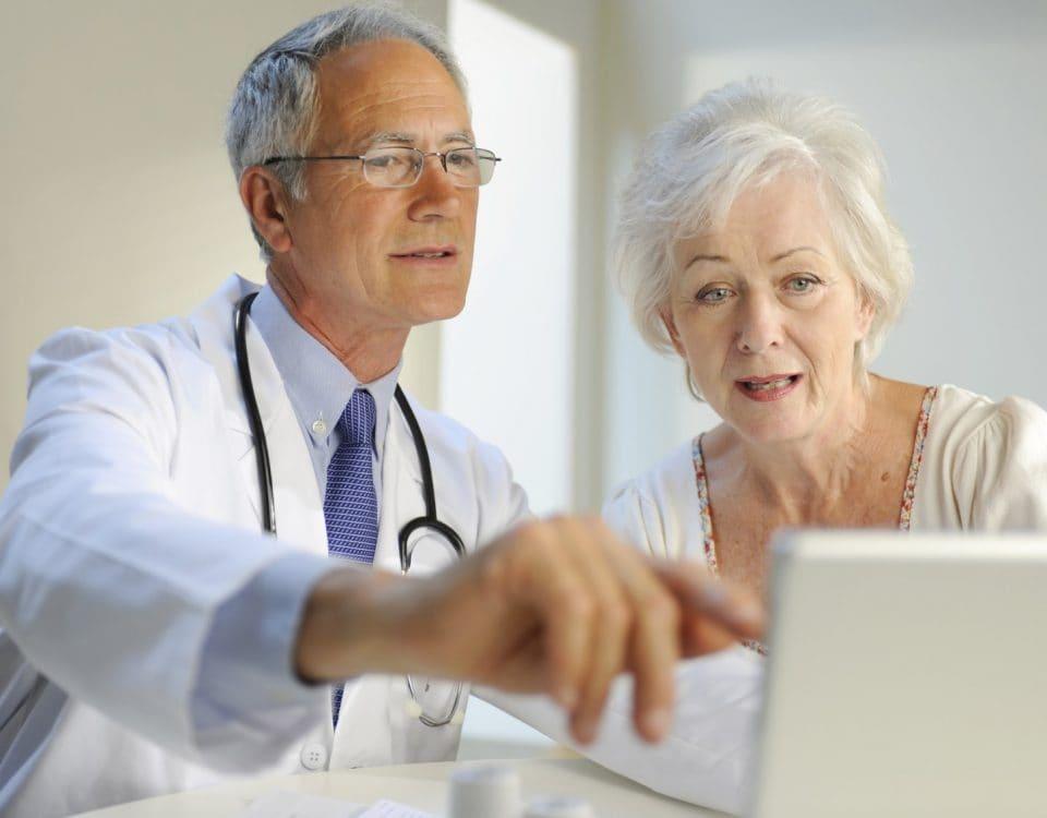 Doctor_Senior_patient_iStock_227504Medium