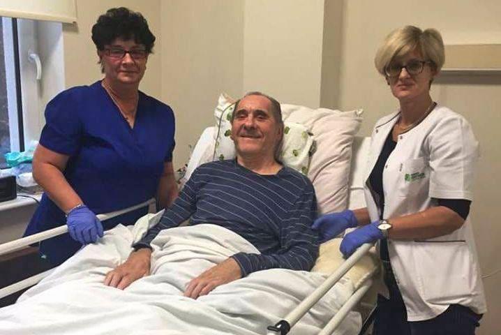 46522788 592984437828112 1008566266513850368 n - Ryszard Szurkowski walczy o powrót do zdrowia w Szpitalu Rehabilitacyjnym
