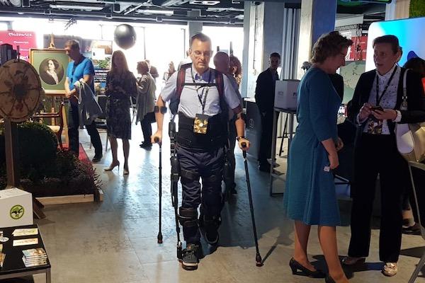 egzoszkielet - Innowacyjna rehabilitacja na 10. Forum Rozwoju Mazowsza