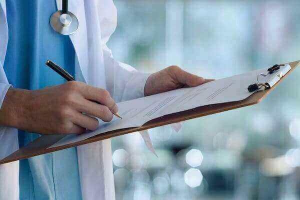 Ankieta UKZ - Koronawirus. Jak zapobiegać zakażeniu? Jak postępować w przypadku podejrzenia zakażenia?