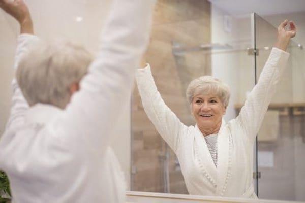 cwiczenia dla seniorow - Ćwiczenia dla seniorów do wykonania w domu