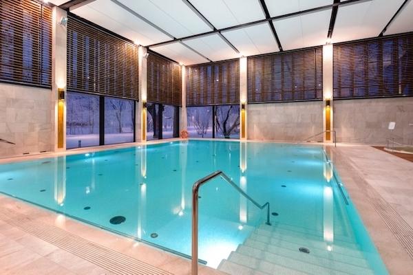 basen solankowy - Zapraszamy codziennie na basen solankowy w EVA Park Life & SPA