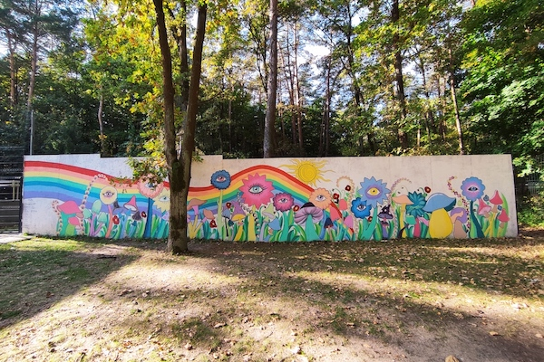 psychiatria dziecieca - Mural przy oddziale psychiatrycznym dla dzieci i młodzieży